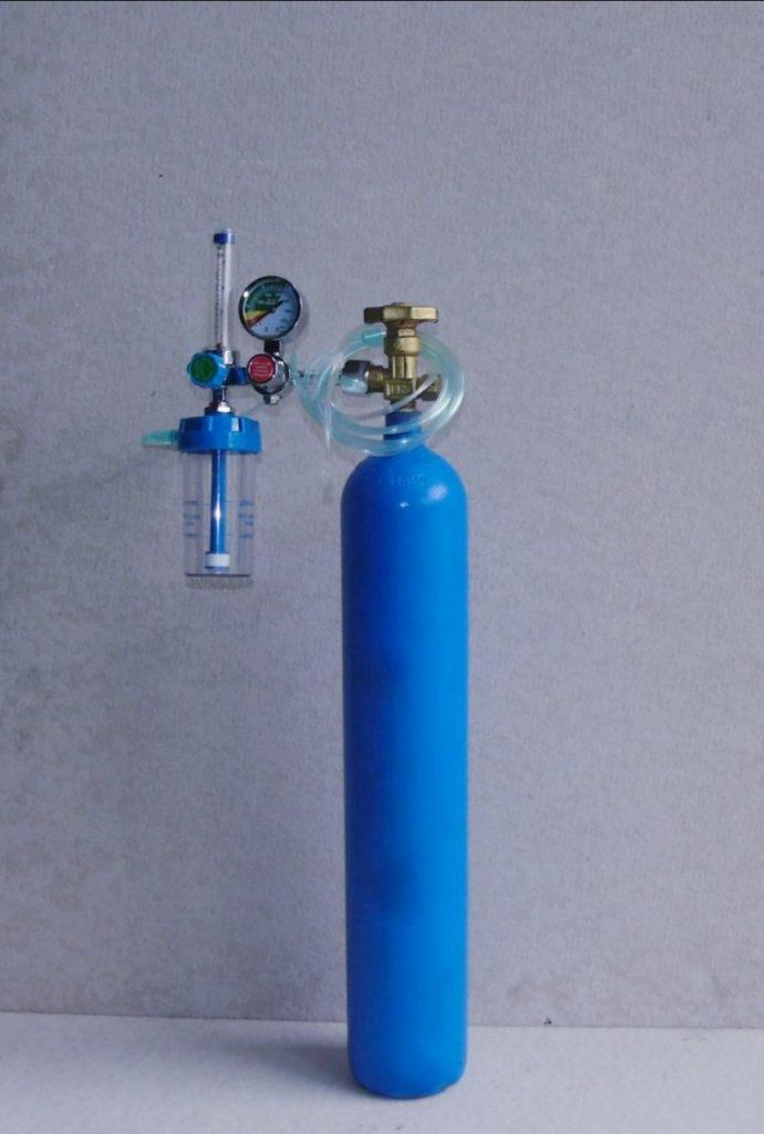 bình khí oxy thở mini